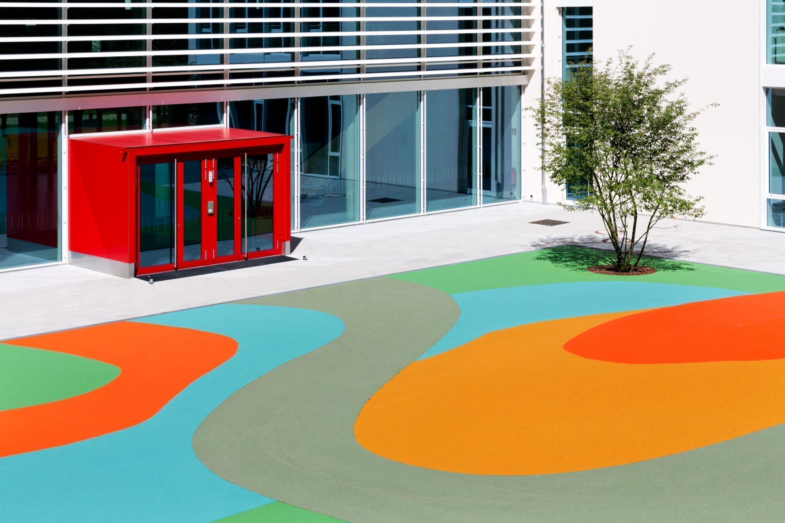 Augsburg primary school with synthetic surfaces from Polytan